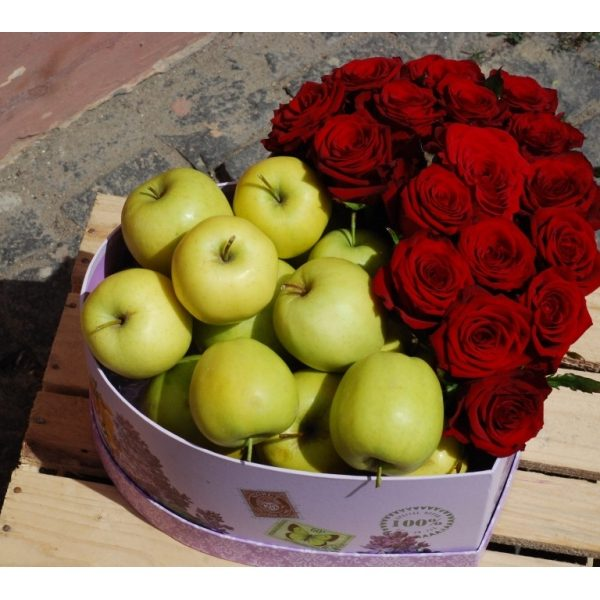 Roses with apples