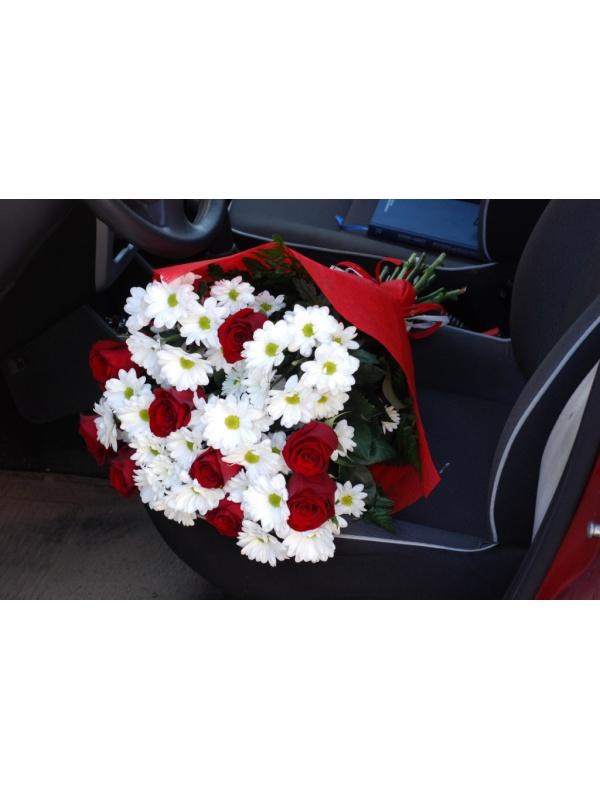 троянди і хризантеми